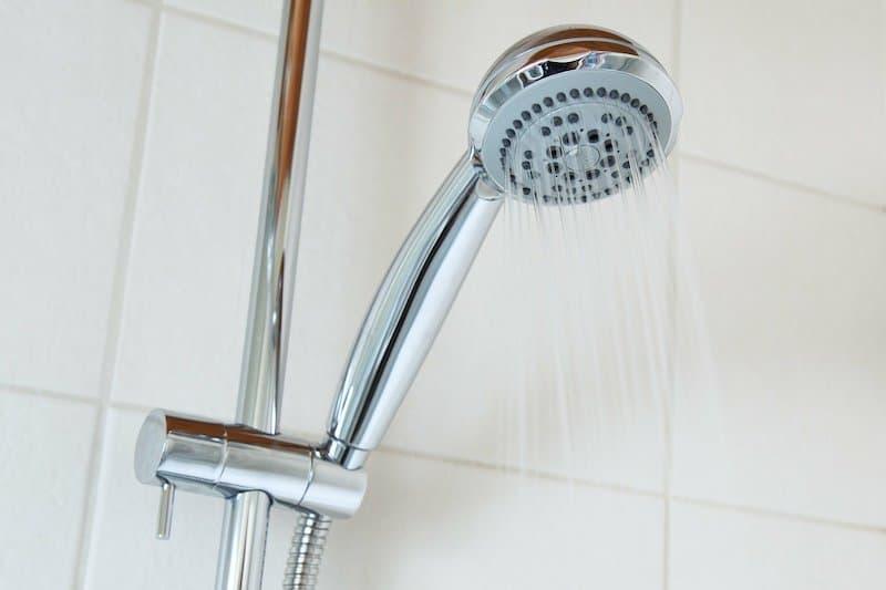 handheld-shower-for-elderly