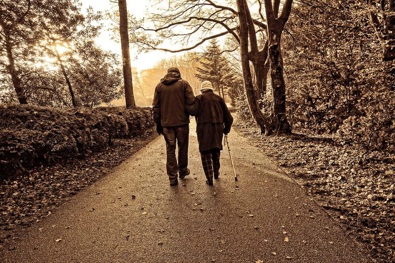 outdoor-activities-for-seniors