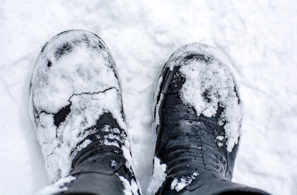 best snow boots for seniors