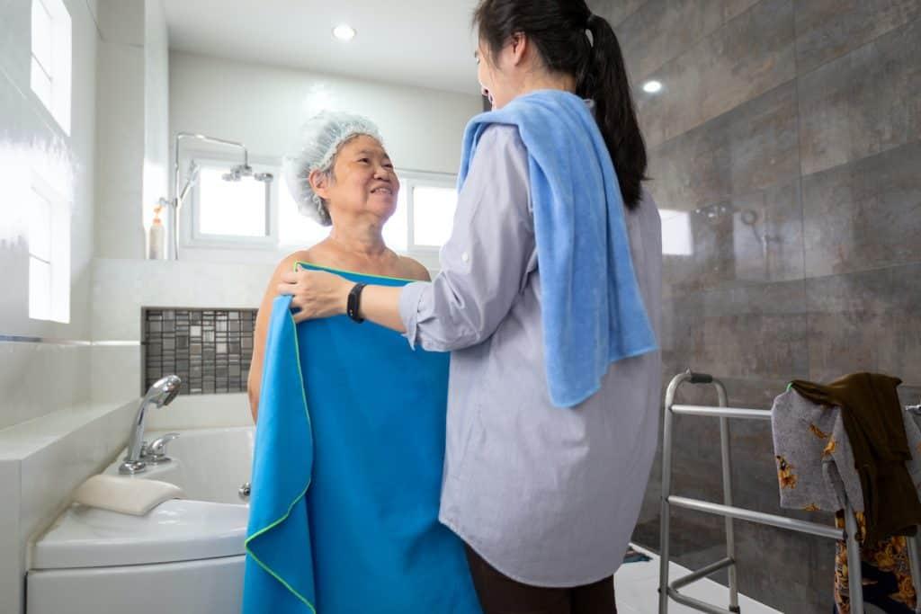 get elderly to bathe